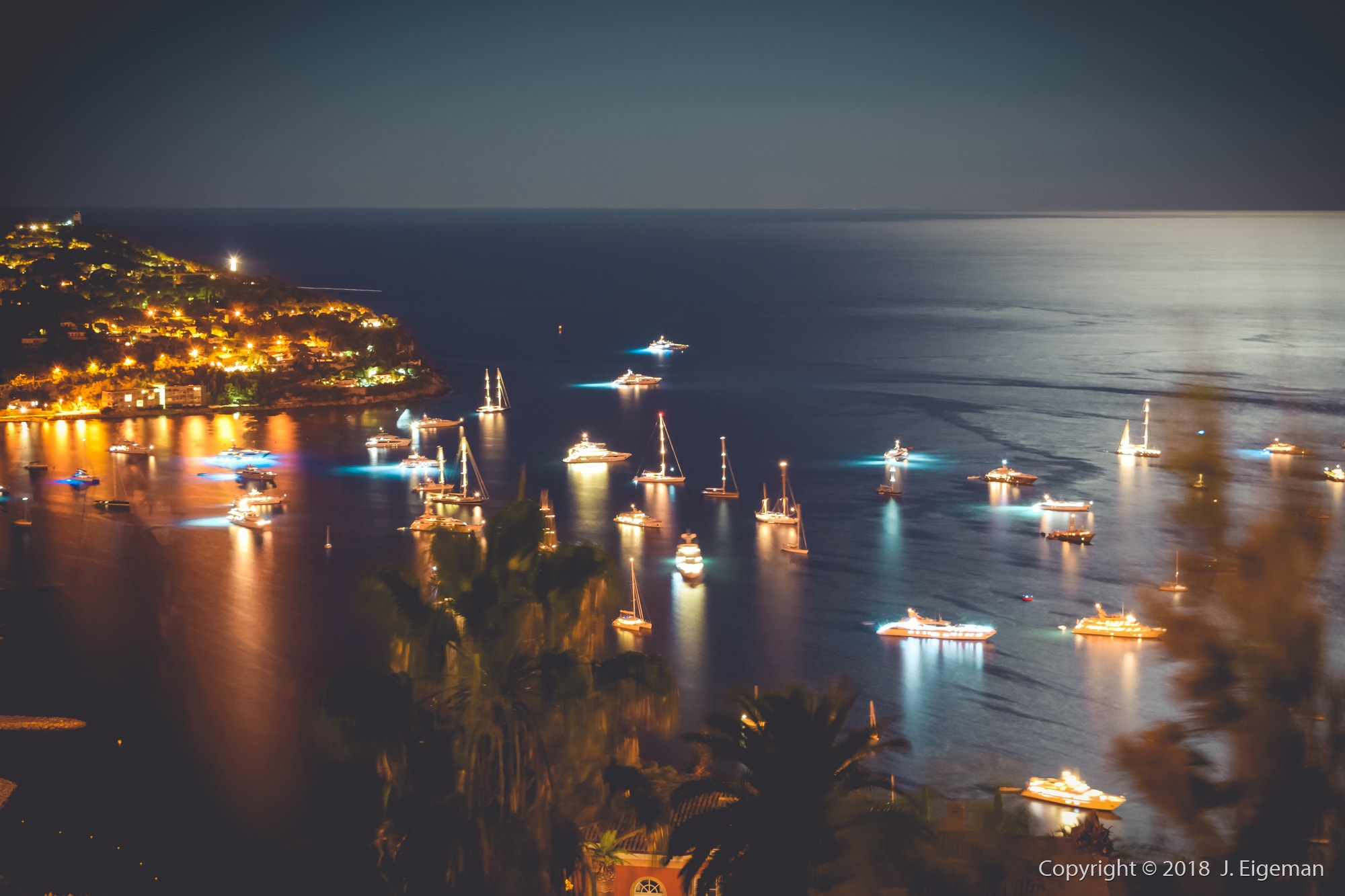 Cote d'Azur night cityscape and harbour Photography - Jeoffrey Eigeman (1)